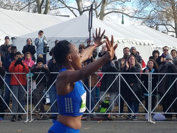Running with Social Media at Philly Marathon